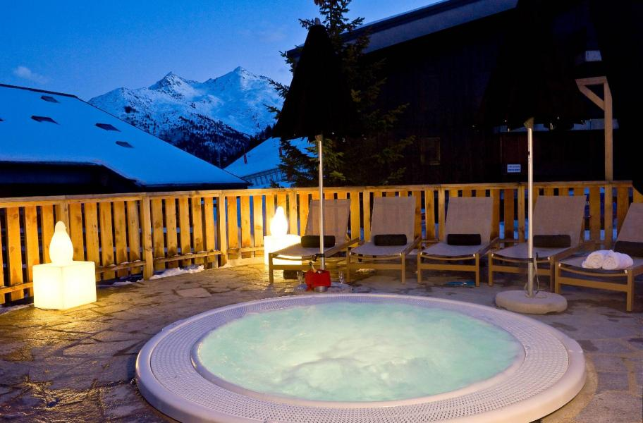 Location au ski Hotel Le Mottaret - Méribel-Mottaret - Jacuzzi