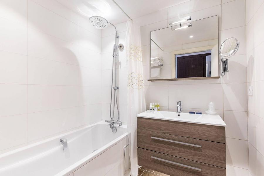 Location au ski Suite Confort + Familliale - Hôtel le Mottaret - Méribel-Mottaret - Salle de bains