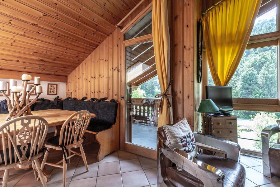 Ski verhuur Appartement 3 kamers mezzanine 6 personen (011) - Résidence Alpages C - Méribel-Mottaret - Woonkamer