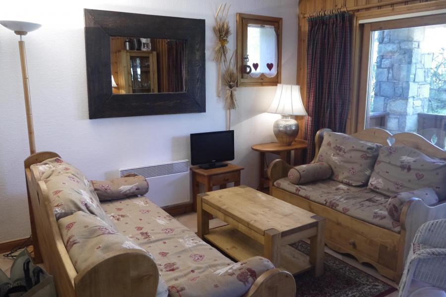 Location au ski Appartement 3 pièces 6 personnes (004) - Résidence Alpages D - Méribel-Mottaret - Séjour