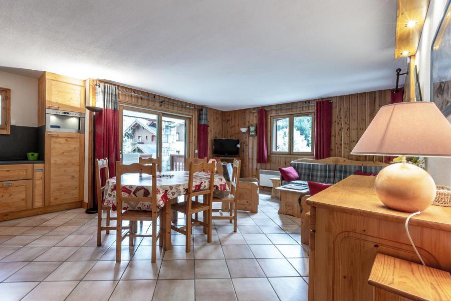 Ski verhuur Appartement 4 kamers 8 personen (002) - Résidence Alpages D - Méribel-Mottaret - Woonkamer