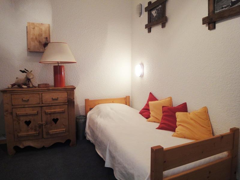 Location au ski Appartement 2 pièces 4 personnes (C12) - Residence Alpinea - Méribel-Mottaret