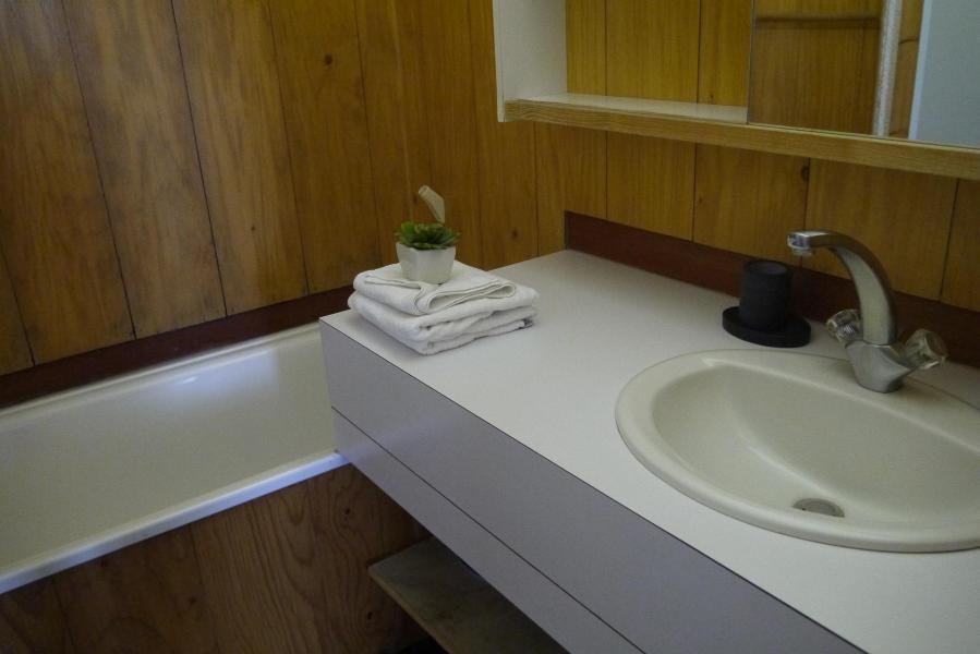 Location au ski Appartement 2 pièces 6 personnes (069) - Résidence Arpasson - Méribel-Mottaret