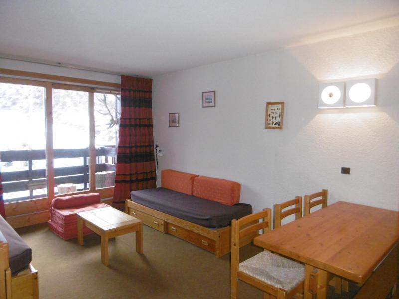 Location au ski Appartement 2 pièces 5 personnes (077) - Résidence Arpasson - Méribel-Mottaret - Table