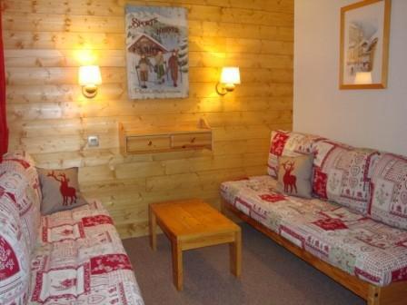 Location au ski Studio 4 personnes (013) - Residence Arpasson - Méribel-Mottaret - Canapé