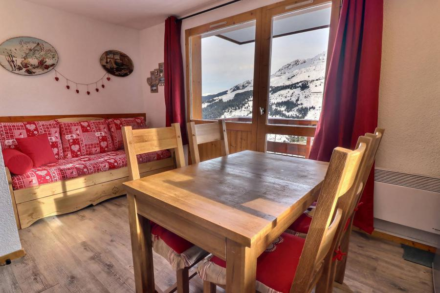 Ski verhuur Appartement 2 kamers 4 personen (017) - Résidence Cimes II - Méribel-Mottaret - Woonkamer