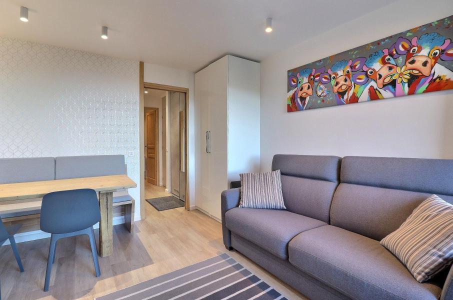Location au ski Appartement 2 pièces 4 personnes (084) - Résidence Creux de l'Ours Bleu - Méribel-Mottaret - Banquette