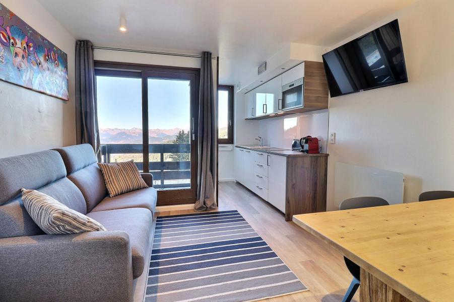 Location au ski Appartement 2 pièces 4 personnes (084) - Résidence Creux de l'Ours Bleu - Méribel-Mottaret - Table