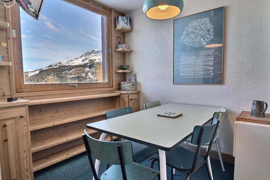 Location au ski Appartement 2 pièces 5 personnes (30) - Résidence Creux de l'Ours Rouge - Méribel-Mottaret