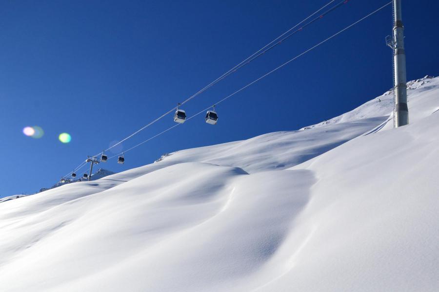 Аренда на лыжном курорте Résidence Creux de l'Ours Vert - Méribel-Mottaret