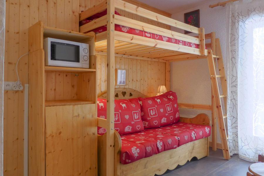 Location au ski Studio 2 personnes (004) - Résidence Erines - Méribel-Mottaret