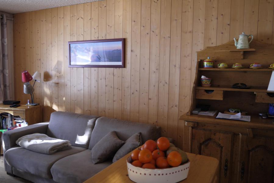 Ski verhuur Appartement 3 kamers 6 personen (011) - Résidence Gébroulaz - Méribel-Mottaret - Woonkamer