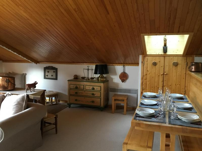 Ski verhuur Appartement 3 kamers 6 personen (A25) - Résidence Grand Dou - Méribel-Mottaret - Tafel