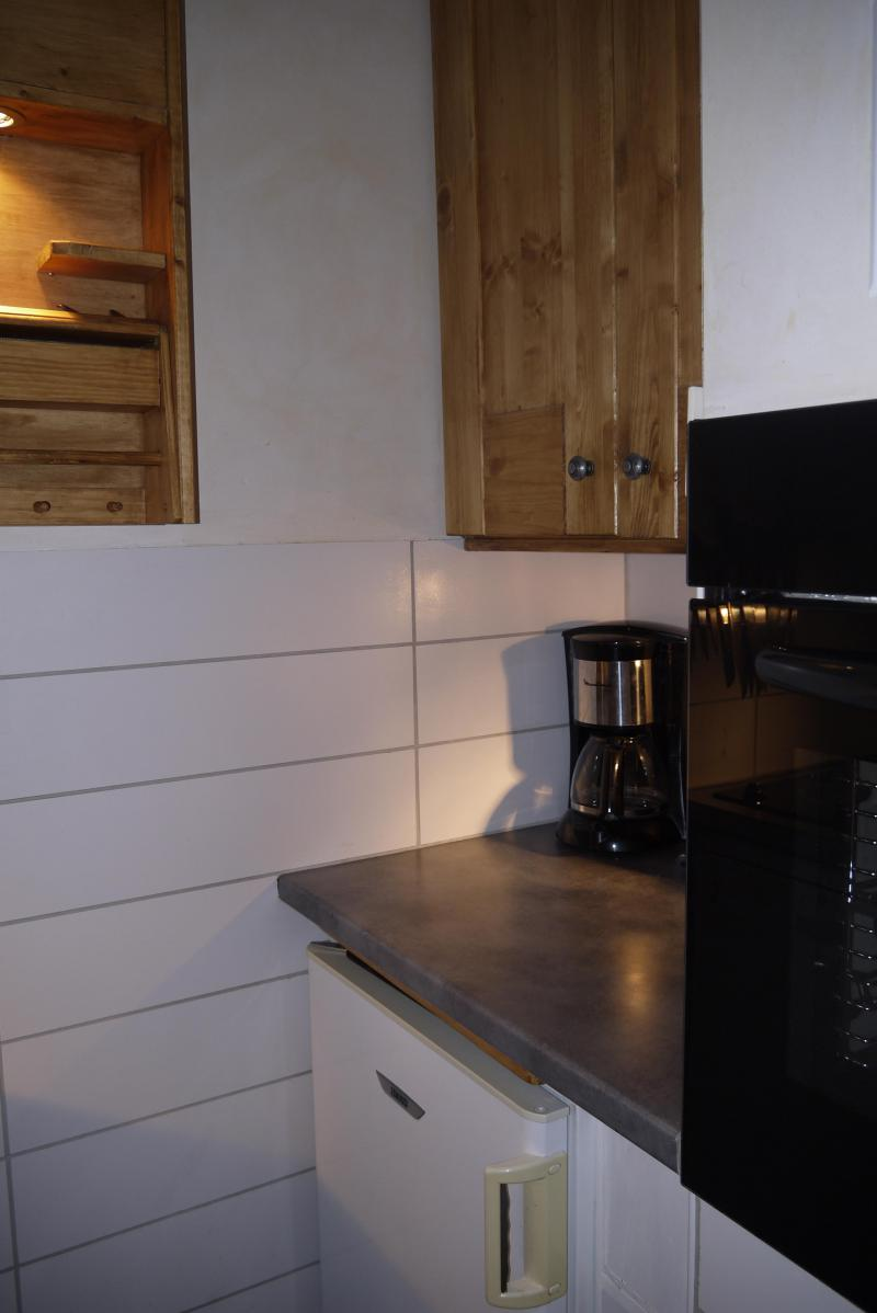 Location au ski Studio 4 personnes (09) - Résidence l'Arc en Ciel - Méribel-Mottaret - Kitchenette