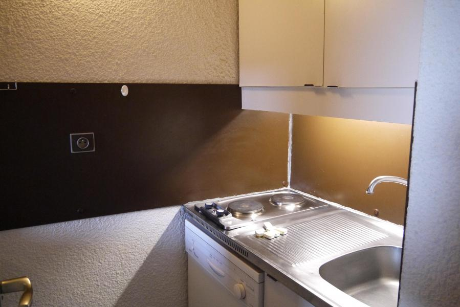 Location au ski Studio 4 personnes (L10) - Résidence l'Arc en Ciel - Méribel-Mottaret - Kitchenette