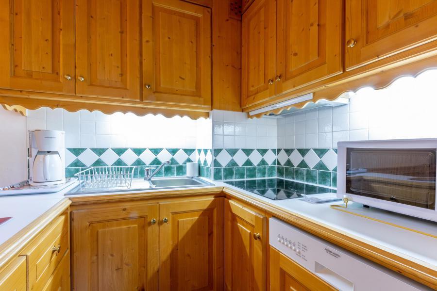 Ski verhuur Appartement 3 kamers 6 personen (018) - Résidence Lama - Méribel-Mottaret - Keukenblok