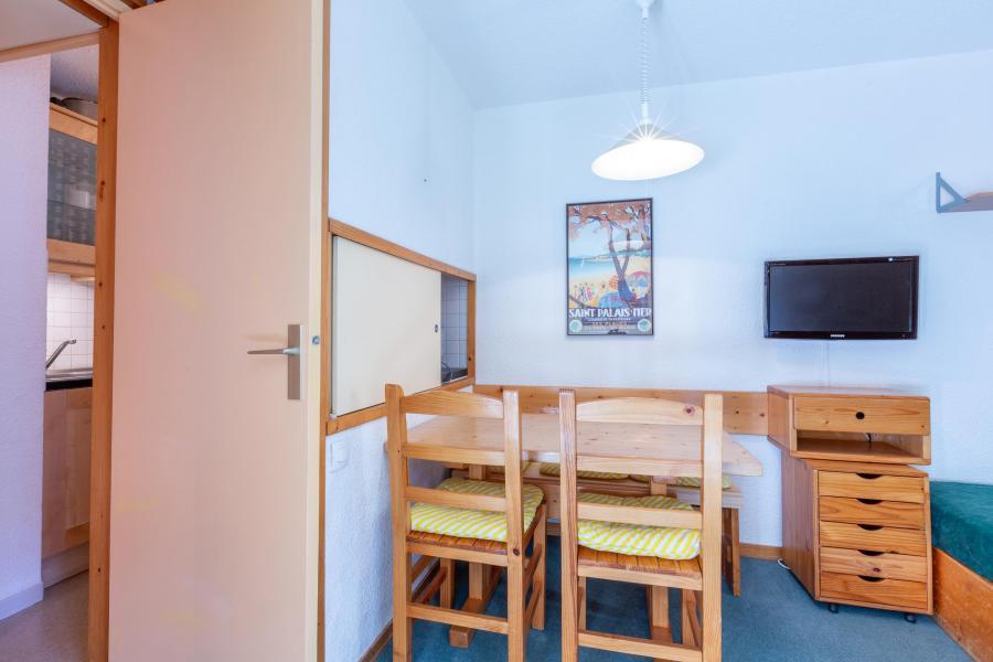 Location au ski Studio 4 personnes (05) - Résidence le Candide - Méribel-Mottaret - Appartement