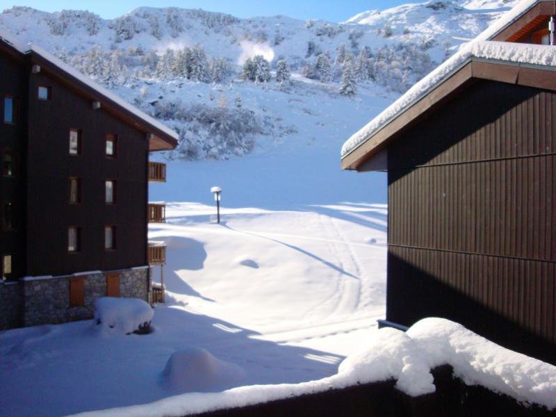 Vacances en montagne Résidence le Creux de l'Ours B - Méribel-Mottaret - Extérieur hiver