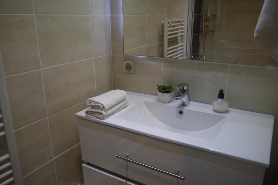 Ski verhuur Appartement 2 kamers 5 personen (007) - Résidence le Creux de l'Ours B - Méribel-Mottaret - Appartementen