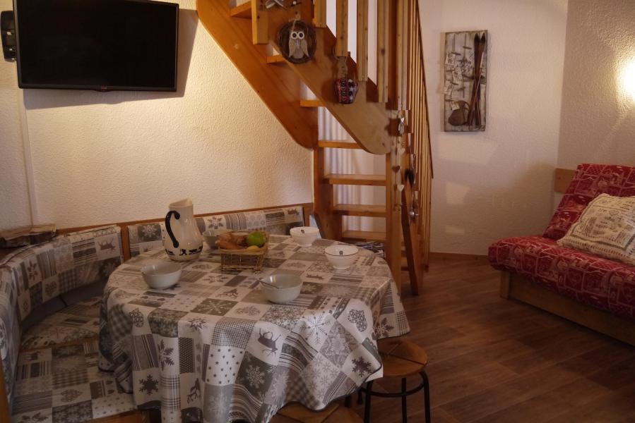 Location au ski Studio 4 personnes (174) - Résidence le Creux de l'Ours D - Méribel-Mottaret