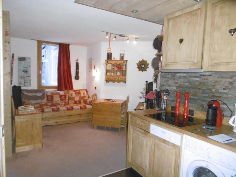 Location au ski Studio 4 personnes (139) - Résidence le Creux de l'Ours D - Méribel-Mottaret