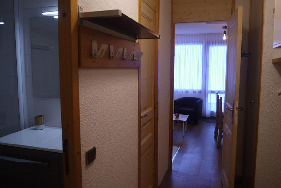 Rent in ski resort 2 room apartment 5 people (039) - Résidence le Creux de l'Ours D - Méribel-Mottaret