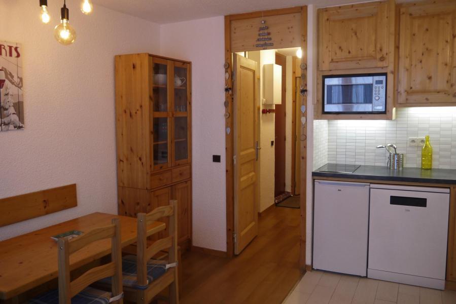 Ski verhuur Appartement 2 kamers 5 personen (039) - Résidence le Creux de l'Ours D - Méribel-Mottaret - Keuken