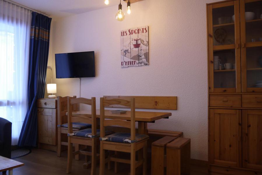 Location au ski Appartement 2 pièces 5 personnes (039) - Résidence le Creux de l'Ours D - Méribel-Mottaret - Table