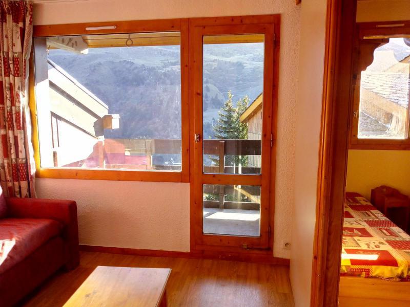 Ski verhuur Studio 4 personen (077) - Résidence le Dandy - Méribel-Mottaret - Schuifdeur naar het balkon