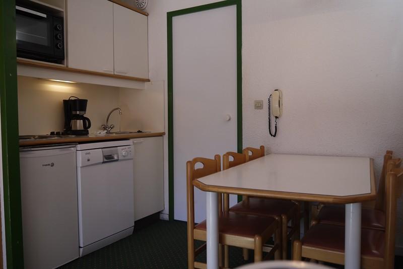 Location au ski Appartement 3 pièces cabine 6 personnes (409) - Residence Le Plan Du Lac - Méribel-Mottaret