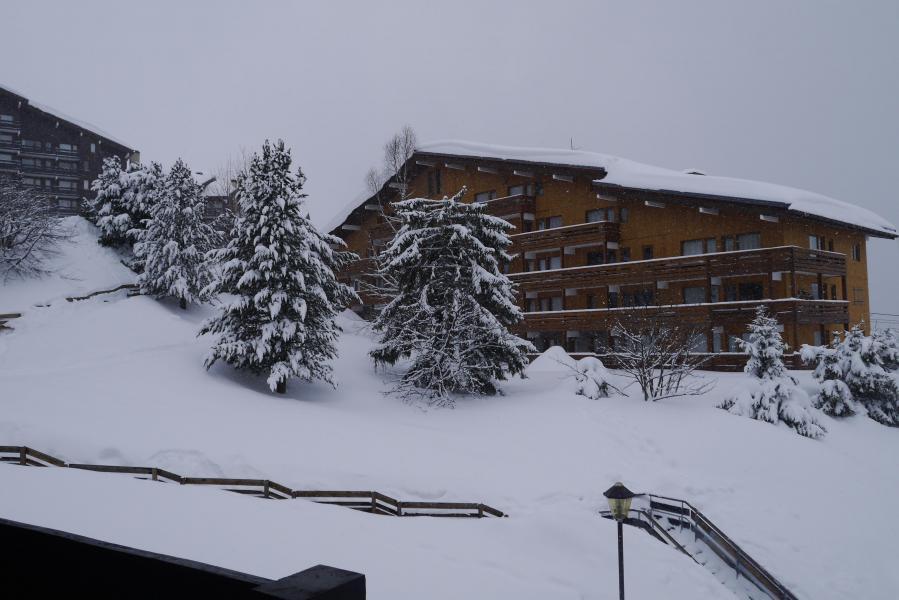 Location au ski Studio 4 personnes (035) - Résidence le Roc de Tougne - Méribel-Mottaret - Extérieur hiver