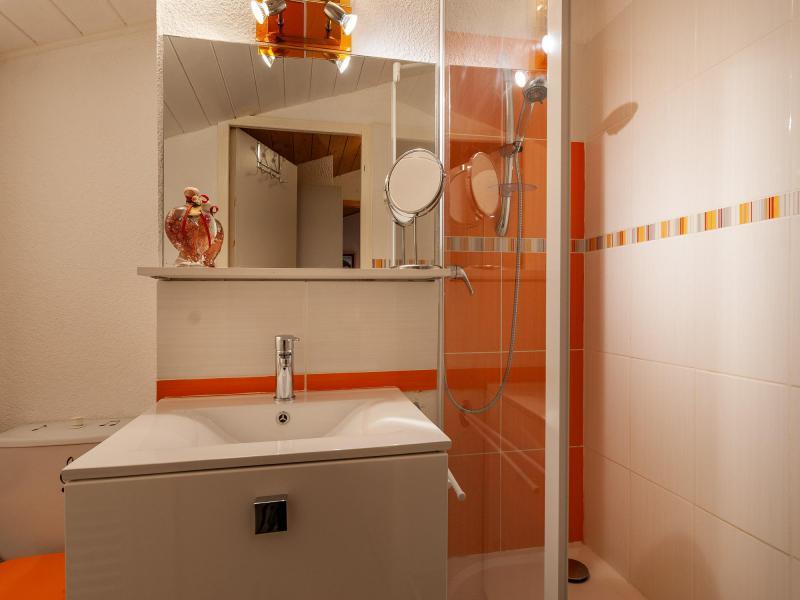 Ski verhuur Appartement 4 kamers 6 personen (F07) - Résidence les Cimes I - Méribel-Mottaret - Douche