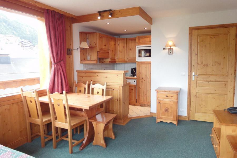 Location au ski Appartement 2 pièces 4 personnes (818) - Résidence Plein Soleil - Méribel-Mottaret