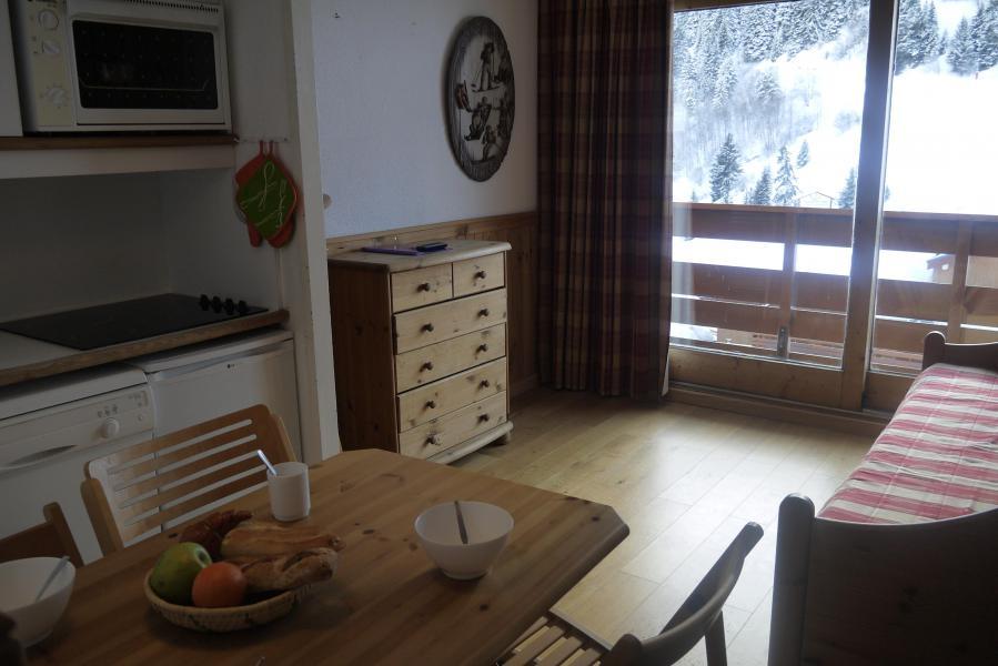 Location au ski Studio coin montagne 4 personnes (819) - Résidence Pralin - Méribel-Mottaret