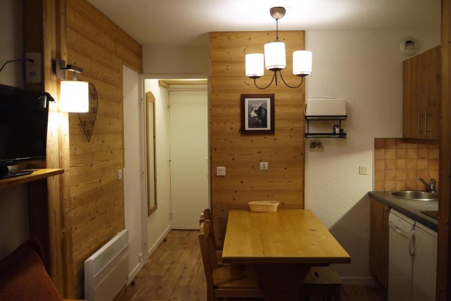 Ski verhuur Studio 4 personen (808) - Résidence Pralin - Méribel-Mottaret - Appartementen