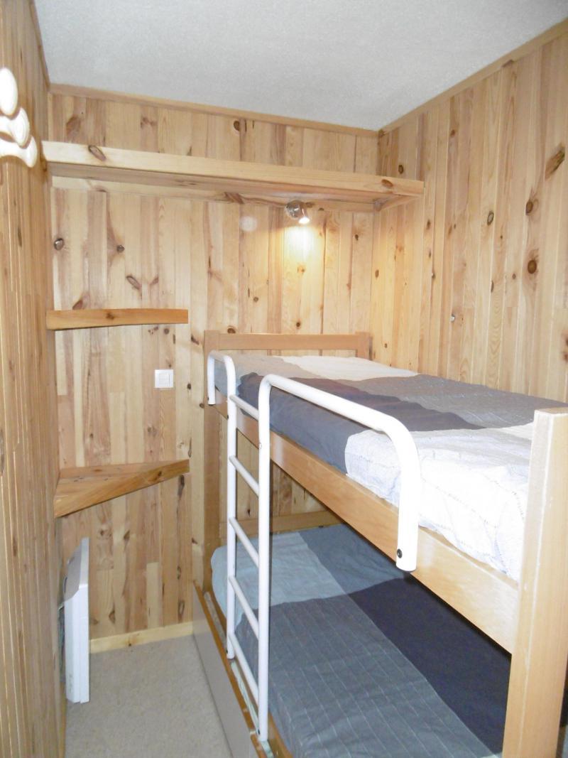 Location au ski Studio coin montagne 4 personnes (815) - Résidence Pralin - Méribel-Mottaret - Lits superposés