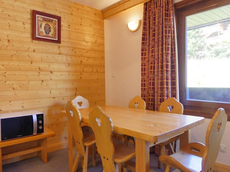 Location au ski Studio cabine 3 personnes (018) - Residence Roc De Tougne - Méribel-Mottaret