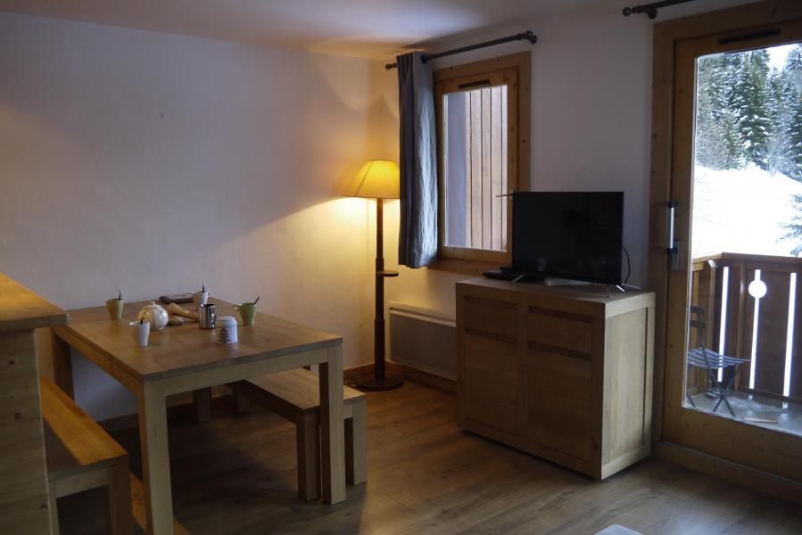 Location au ski Appartement 3 pièces cabine 7 personnes (007) - Résidence Sérac - Méribel-Mottaret