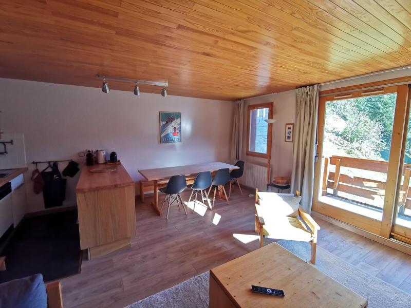 Location au ski Appartement 3 pièces 7 personnes (002) - Résidence Sérac - Méribel-Mottaret
