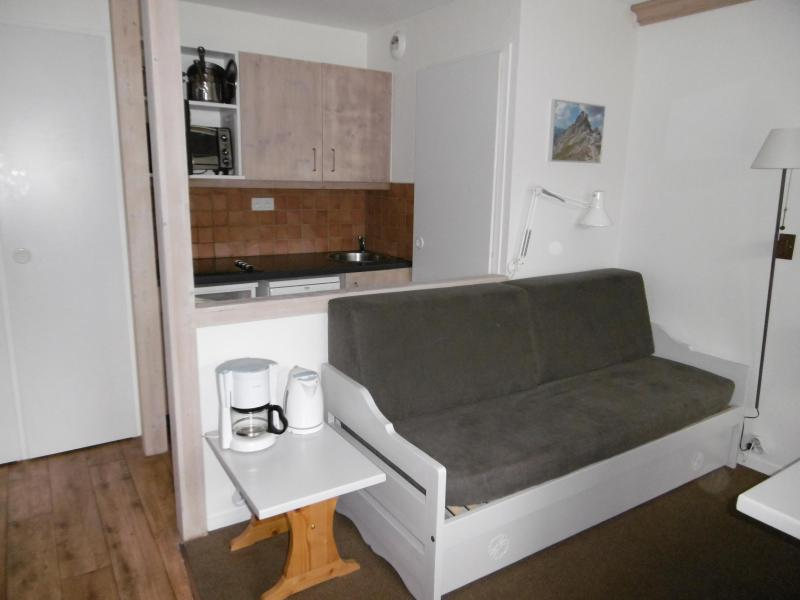 Ski verhuur Appartement 3 kamers 6 personen (106) - Résidence Tuéda - Méribel-Mottaret - Zitbank