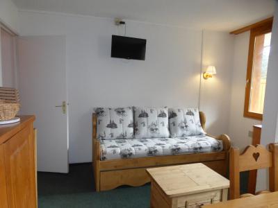 Rent in ski resort Studio 3 people (700R) - La Résidence le Plein Soleil - Méribel-Mottaret - Apartment
