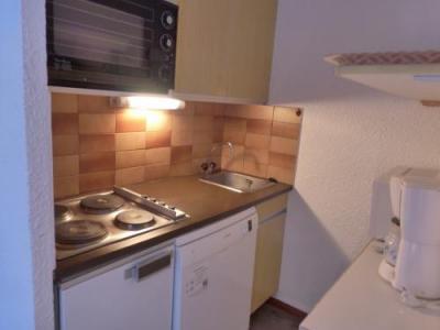 Rent in ski resort 2 room apartment sleeping corner 6 people (LACE05R) - Le Lac Blanc - Méribel-Mottaret