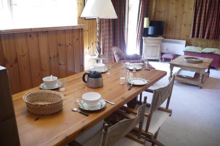 Location au ski Appartement 4 pièces cabine 8 personnes (003) - Résidence Alpages B - Méribel-Mottaret - Séjour