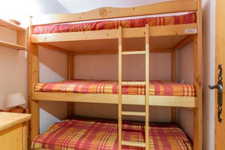 Location au ski Appartement 4 pièces 8 personnes (002) - Résidence Alpages D - Méribel-Mottaret - Lits superposés