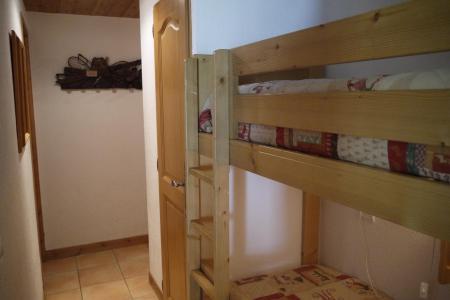Location au ski Appartement 3 pièces 7 personnes (005) - Résidence Alpages E - Méribel-Mottaret - Lits superposés