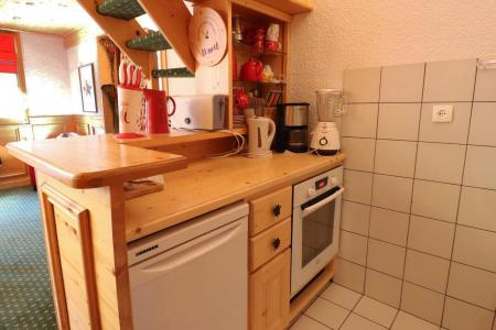 Location au ski Appartement duplex 4 pièces cabine 8 personnes (B21) - Résidence Boulevard - Méribel-Mottaret - Kitchenette