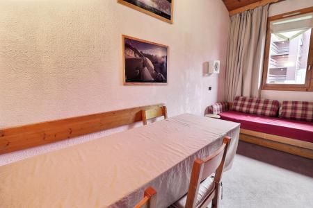 Location au ski Appartement 2 pièces mezzanine 5 personnes (062) - Résidence Dandy - Méribel-Mottaret - Table