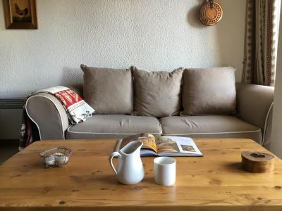 Location au ski Appartement 3 pièces 6 personnes (A25) - Résidence Grand Dou - Méribel-Mottaret - Banquette