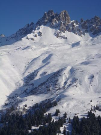 Location au ski Studio 4 personnes (09) - Résidence l'Arc en Ciel - Méribel-Mottaret - Extérieur hiver