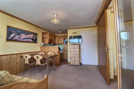 Location au ski Appartement 2 pièces 4 personnes (1114) - Résidence Plein Soleil - Méribel-Mottaret